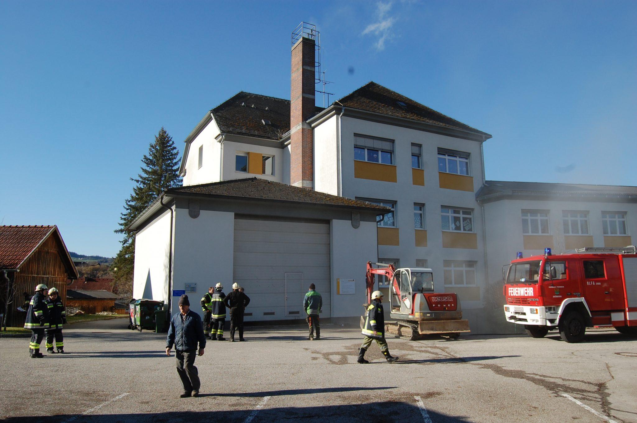Brand Hackschnitzelheizung Volksschule Steinbach
