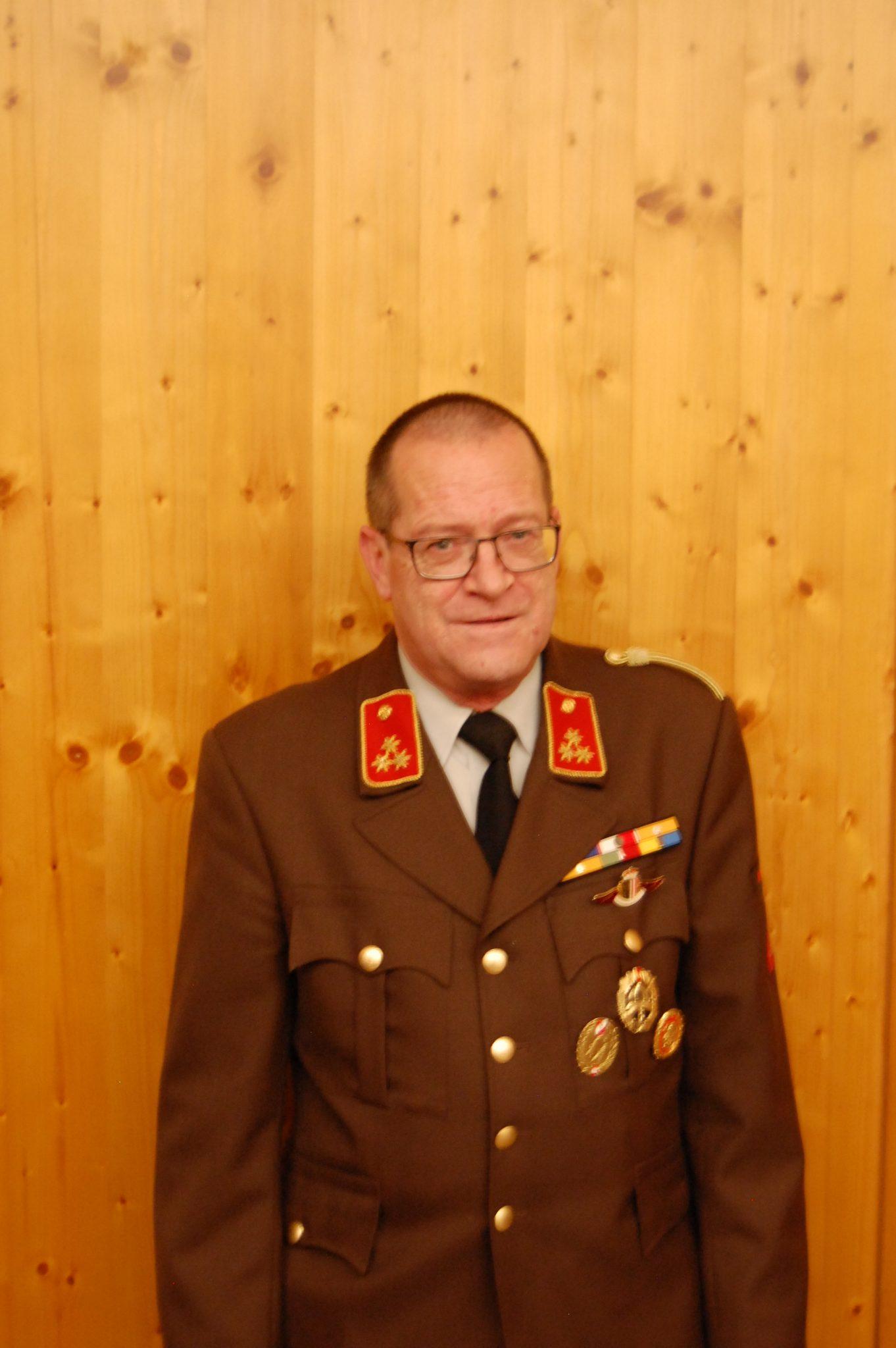 Profilbild von HBI Helmut Löffler